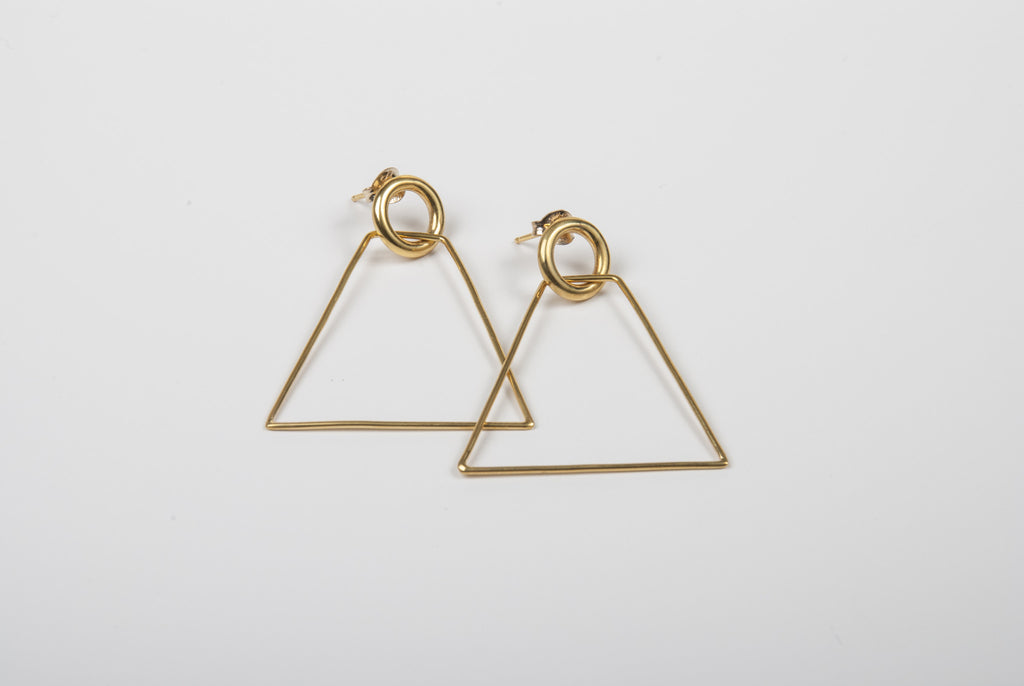 Two shapes studs