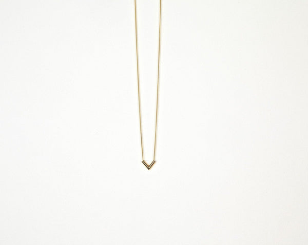 Small Point necklace