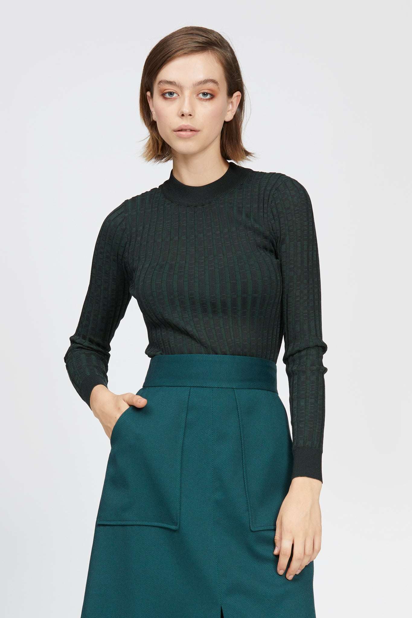 aquila top black/dark green