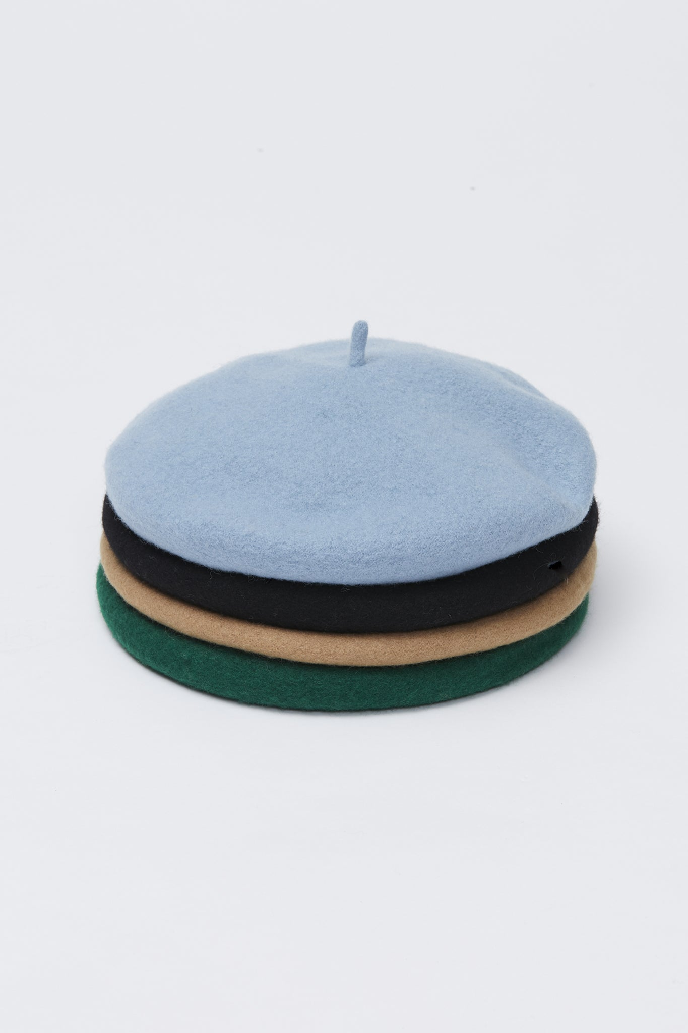 aren beret light blue