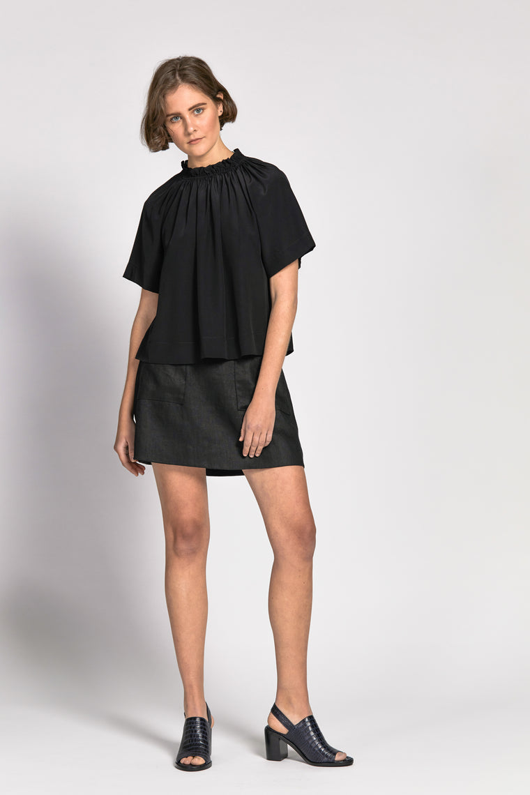 battery skirt black linen