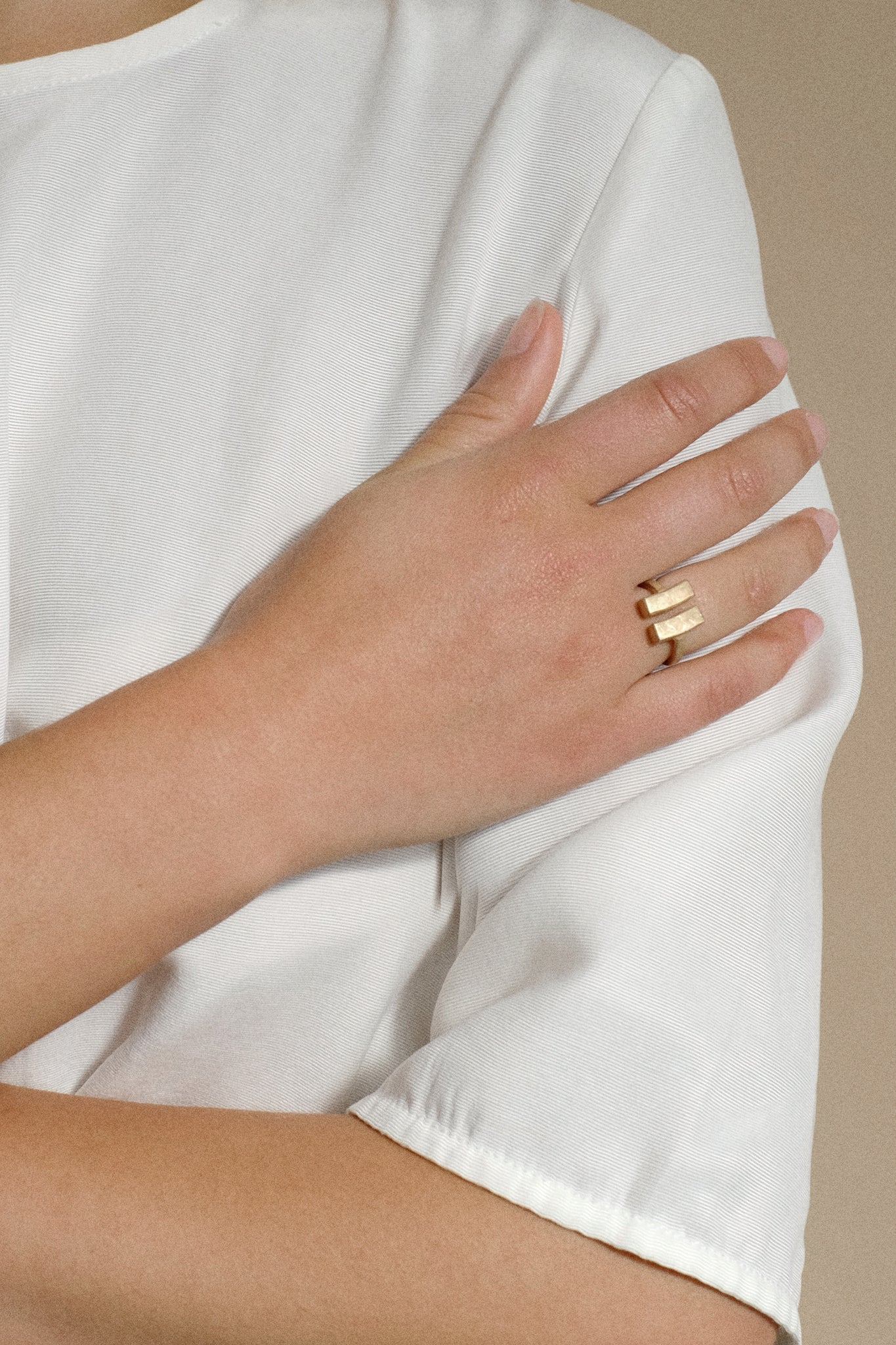 cordyline ring gold