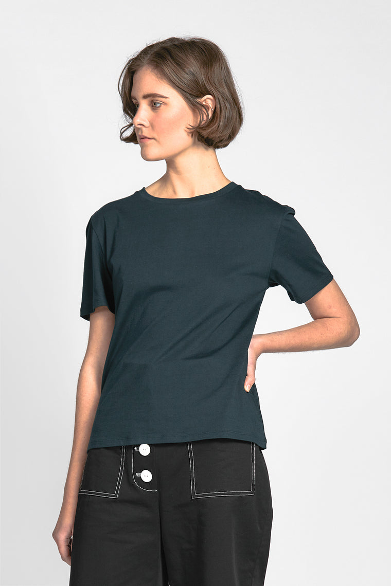 henties tee dark green