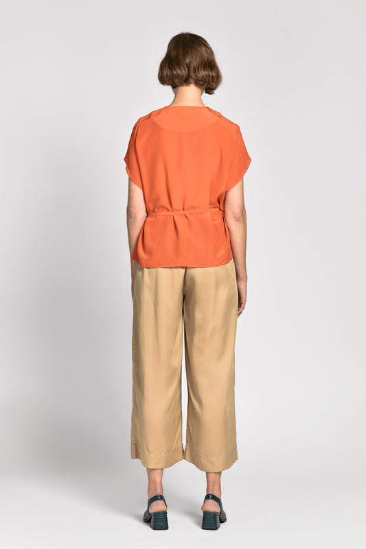 linh top orange