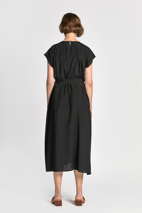 vinh dress black