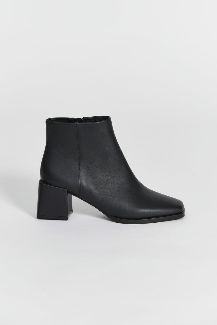 walford boot black