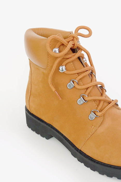 cenotaph boot rust orange