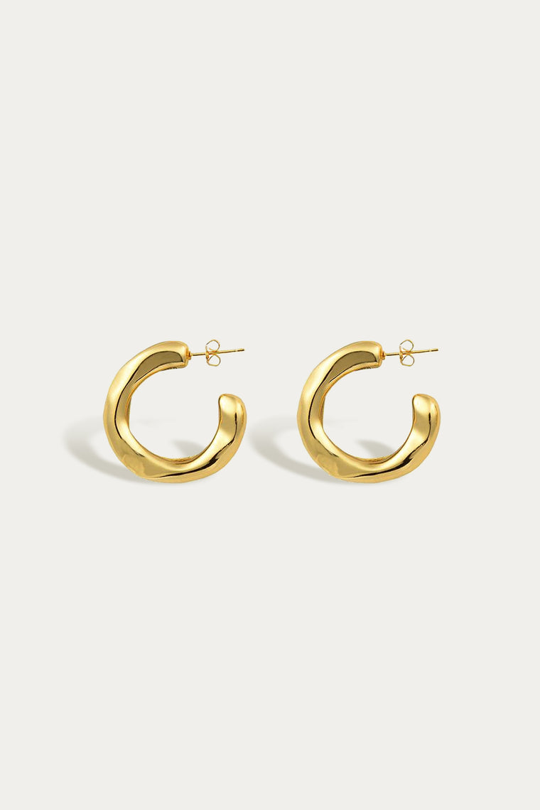veeda stud hoops gold
