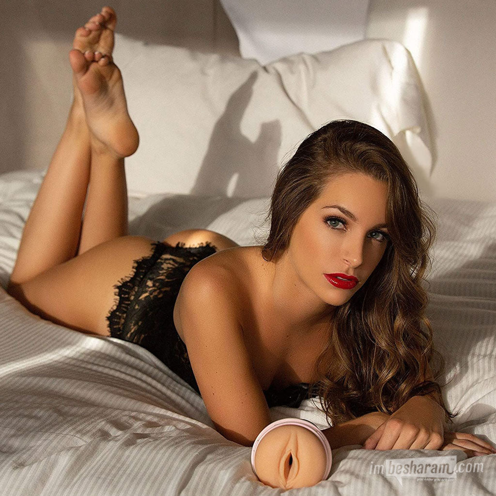 Fleshlight Girls® Kimmy Granger Masturbator main image 2