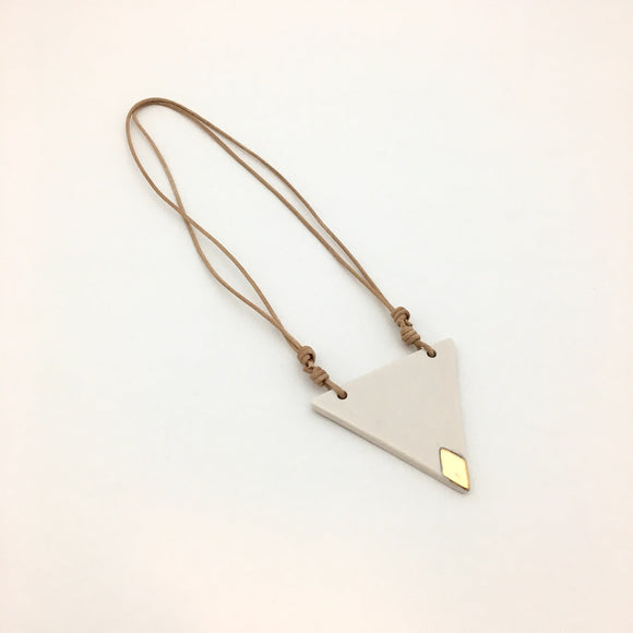 Ivory Triangle Necklace 004