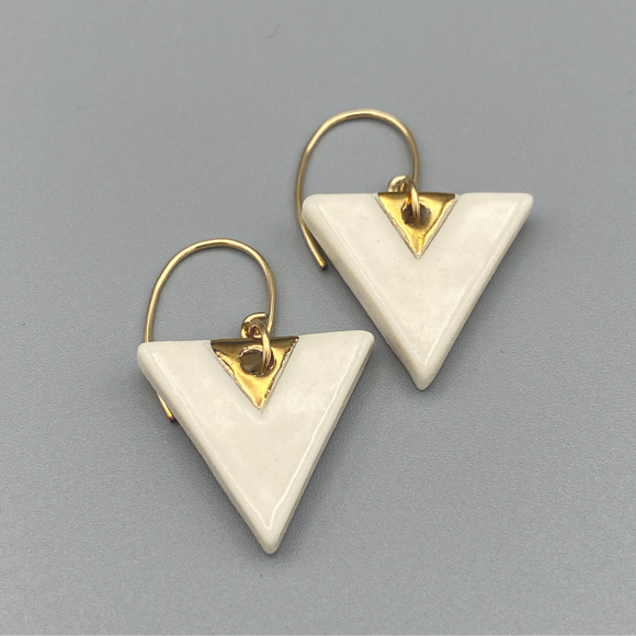 Ivory Triangle Earrings 002