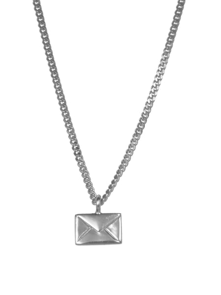 TINY LOVE LETTER NECKLACE - Silver