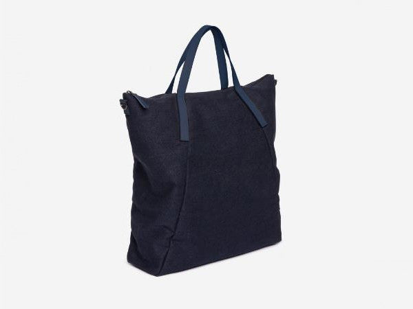 PB 0110 AB7 Tote Bag: Blue