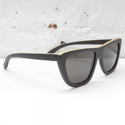 Waiting for the Sun Summer Lover Sunglasses: Corso Blue Klein