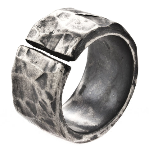 Henson Carved Split Ring 20.5mm diameter (US size 10.75)