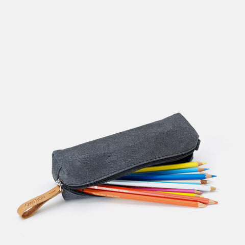 Qwstion Pencil Case: Washed Black