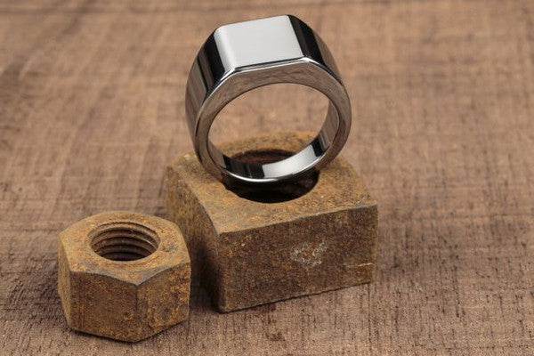 Vitaly Lourd Ring - Tungsten
