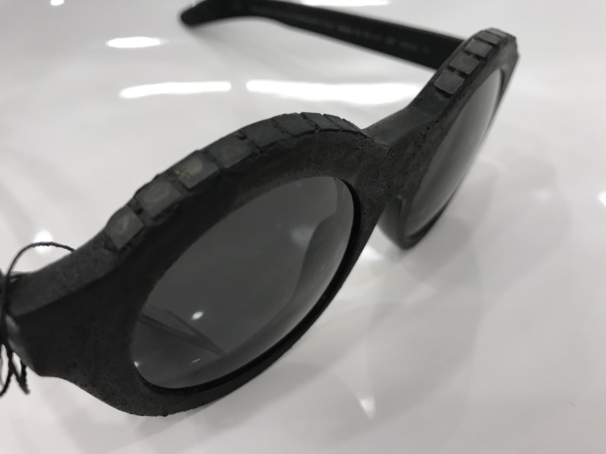 Kuboraum A2 Sunglasses - Silver Burnt Mask K0.01