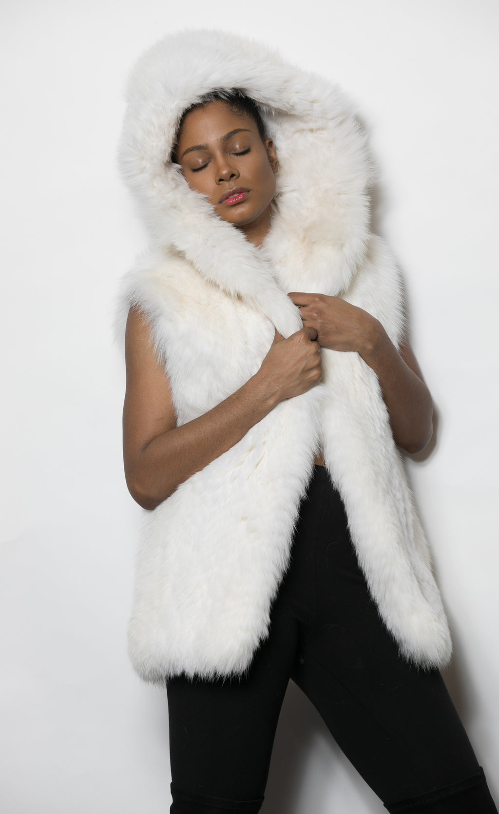 FUR White Fox Vest w Hood 3250 M