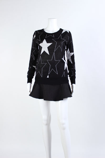 Star Patterned Pull