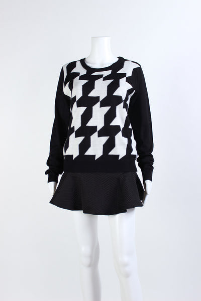 Houndstooth Pull