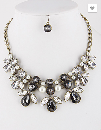 *Floral Encrusted Rhinestone and Pearl Statement Necklace