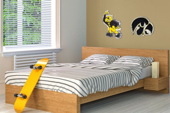Iowa - Fighting Herky Mascot
