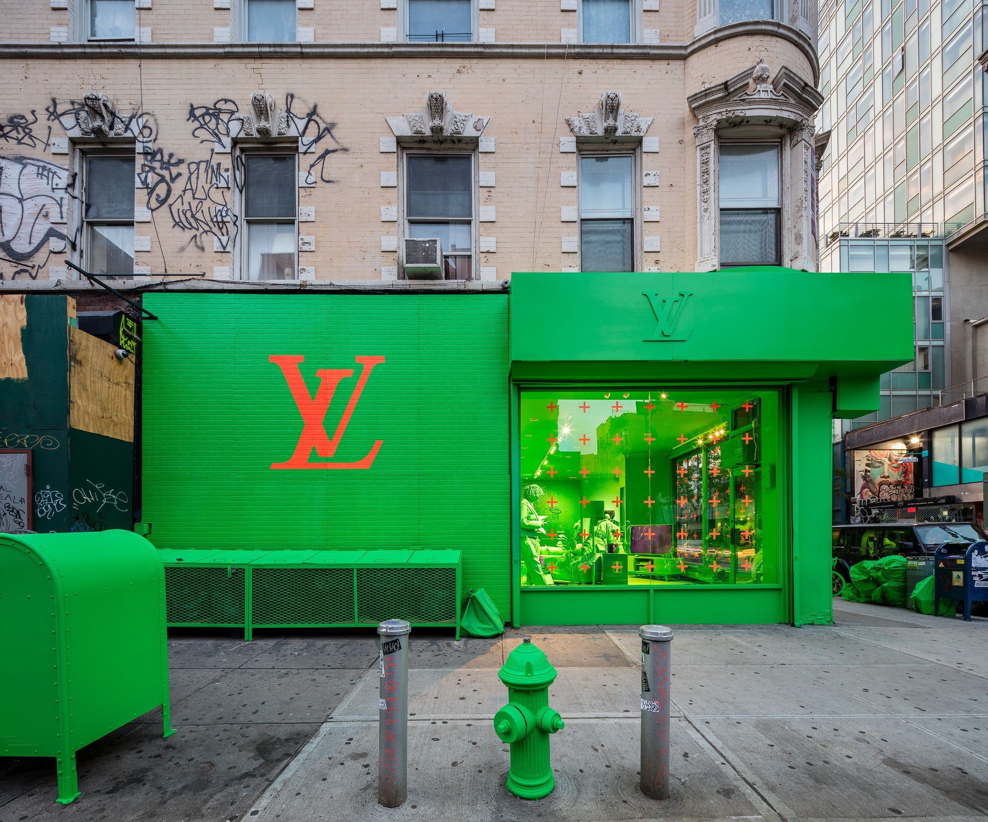 NYC's Neon Green Louis Vuitton Pop-Up Store by Virgil Abloh