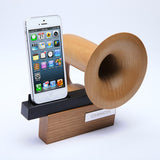 CHINON Legato passive speaker for iPhone use as hand free and charging dock
