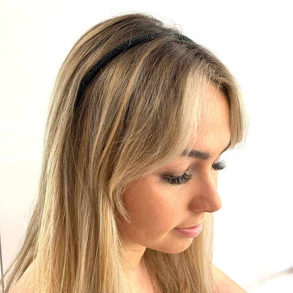 Sparkly Black Headband, perfect for any look.  Dimensions: 6mm wide.  One size fits all!