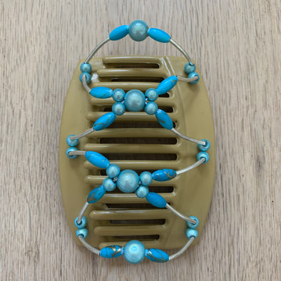 Gorgeous African Butterfly clip for those with thick hair to be used for up-styles or half up-styles.   Flexible comb is blonde in colour with light blue centre beads and turquoise beads. Beads are threaded on an elastic and attached to each comb, making it super easy to put on and remove.  Measurements: length - 10 cm, width - 8.5 cm
