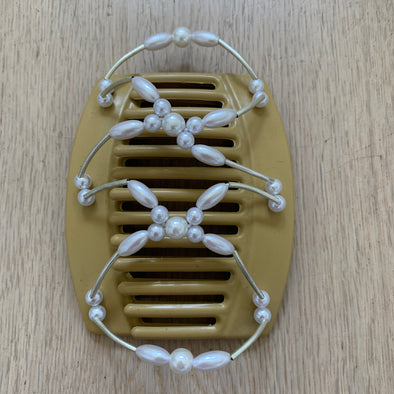 Large blonde hair clip with pearl coloured beads