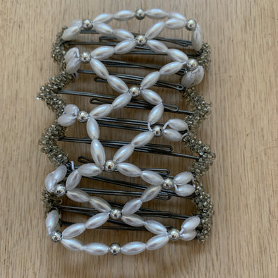 Large wire hair comb with pearl coloured beads