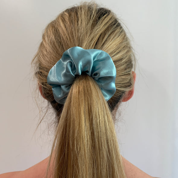 Chantal Scrunchie - Turquoise