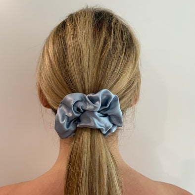 Scrunchies are back and they're here to stay! These stunning scrunchies look great in your hair and also work as gorgeous accessories.  Colour/Pattern: Grey/Blue Material: 100% Mulberry Silk  Washing instructions: Cold hand wash  Dimensions: Material width approximately 4 cm  Made by us in Bondi Beach  With love from Larzy xx