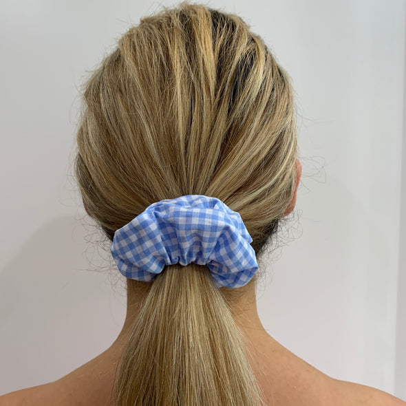 Picnic 4 2 Light Blue Scrunchie