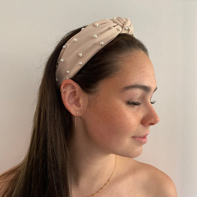 Gorgeous pink cream headband with pearls.   Compliments any look.   Dimensions: 3.7cm width, 16cm top centre to bottom