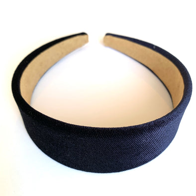 Gorgeous black velvet headband that sits flat on the head  4cm at the widest part (sits at the top of the head)  Care: Use clean damp cloth  Imported