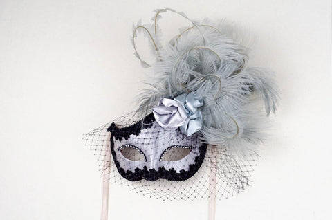 Dolce Rosa Silver Masquerade Mask