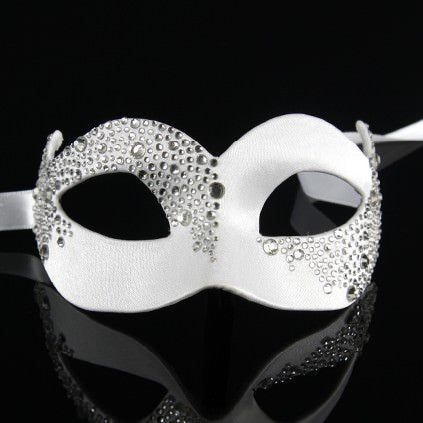 Colombina Assimetrica White Masquerade Mask