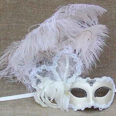 Colombina White Satin Plume Masquerade Mask