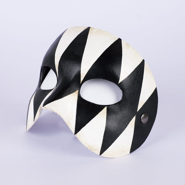 Opera Harlequin Black & White
