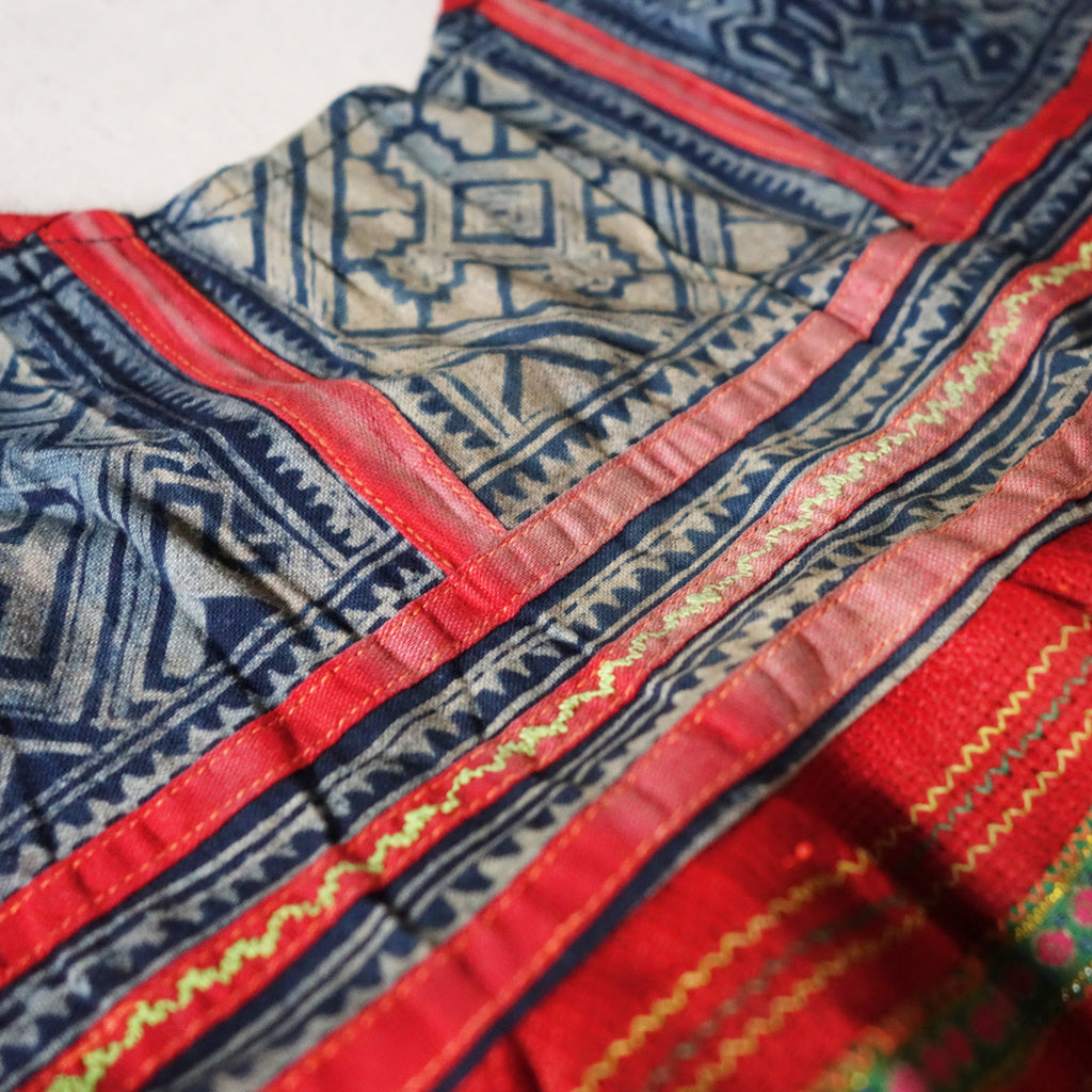 Vintage Hmong Dress No1
