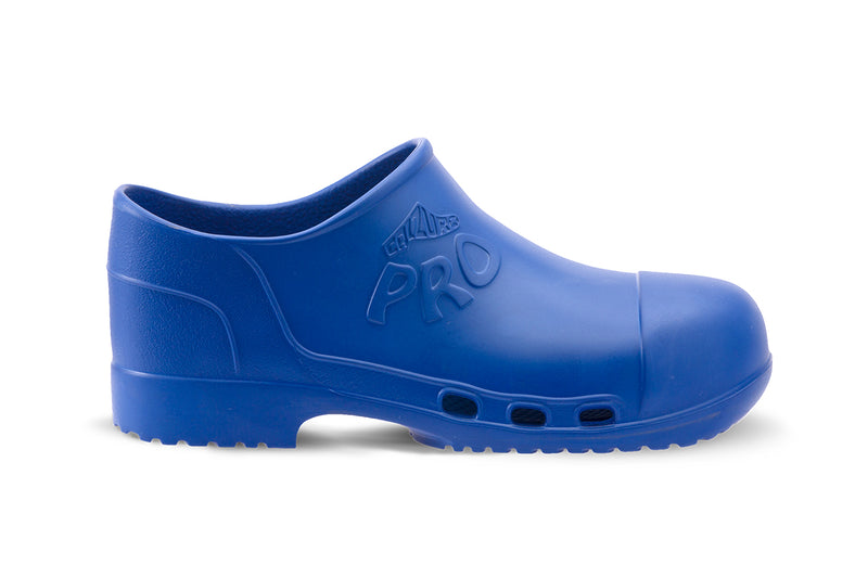 Calzuro Pro Closed Clogs