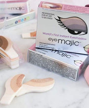 001 SMOKEY EYES<br>eyeMajic Instant Eye Shadow