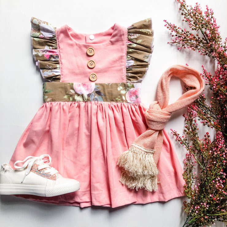 Anne Lace Shoes - Mini Mooches is an Australian owned business specialising in handmade clothing and accessories for girls aged between 1-10. Beautifully designed Floral Dresses, Peplum Tops, Suspender skirts and shorts. Special occasions to everyday wear.