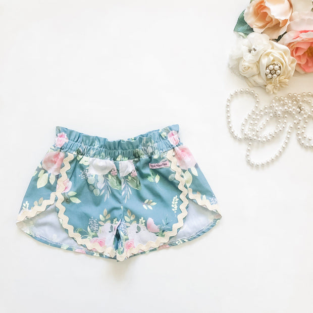 Tulip Shorts - Olivia - Mini Mooches is an Australian owned business specialising in handmade clothing and accessories for girls aged between 1-10. Beautifully designed Floral Dresses, Peplum Tops, Suspender skirts and shorts. Special occasions to everyday wear.
