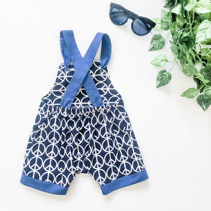 Boys Overalls - Lennon - Mini Mooches is an Australian owned business specialising in handmade clothing and accessories for girls aged between 1-10. Beautifully designed Floral Dresses, Peplum Tops, Suspender skirts and shorts. Special occasions to everyday wear.