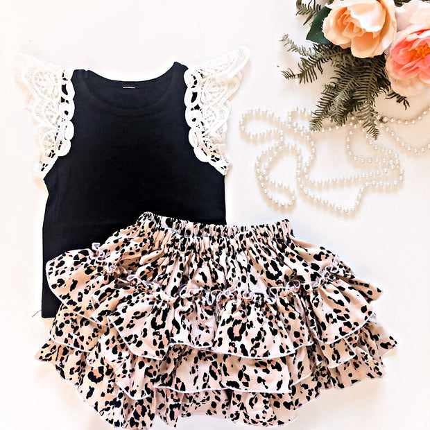 Basic Lace Flutter Singlet - Mini Mooches is an Australian owned business specialising in handmade clothing and accessories for girls aged between 1-10. Beautifully designed Floral Dresses, Peplum Tops, Suspender skirts and shorts. Special occasions to everyday wear.