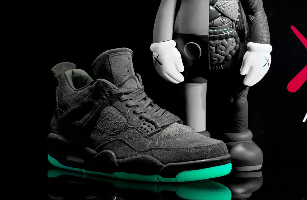 Air-Jordan-4-Kaws-Grey